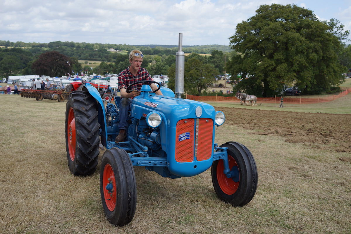Tractor With Windows : Classic tractors we want in our shed indie farmer